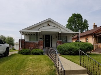 623 W 40th St 3 Beds House for Rent Photo Gallery 1