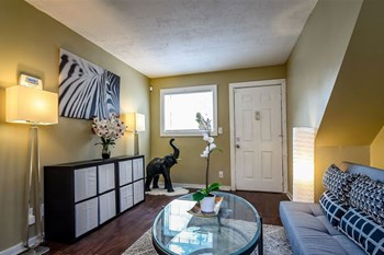 3815 Martin Luther King Jr Dr 2 Beds Apartment for Rent Photo Gallery 1