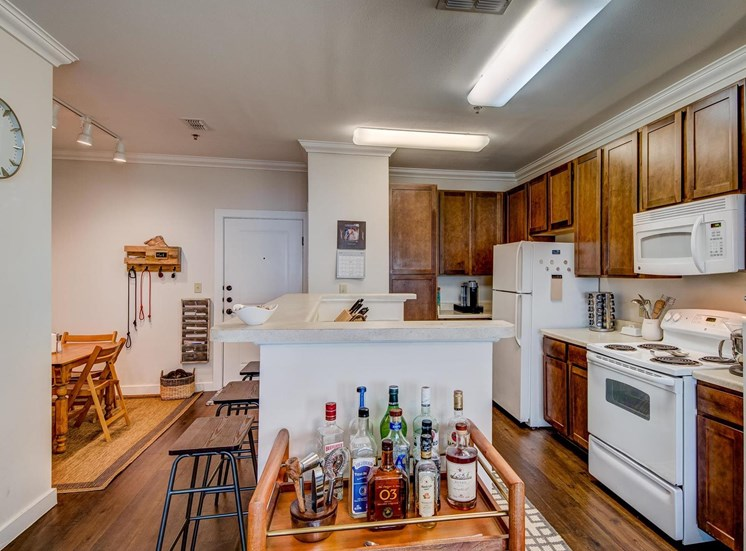 Fully Equipped Kitchen with Microwave at The Dorel Laredo, Texas