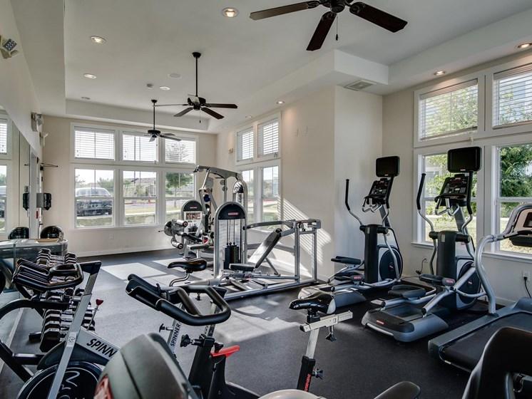 24/7 Fitness Center at The Dorel Laredo, Laredo, 78043