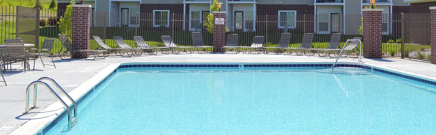 Crystal Clear Swimming Pool at Lynbrook Apartment Homes and Townhomes, Elkhorn, NE, 68022