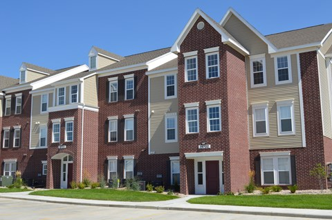 Access Controlled Community at Lynbrook Apartment Homes and Townhomes, Nebraska