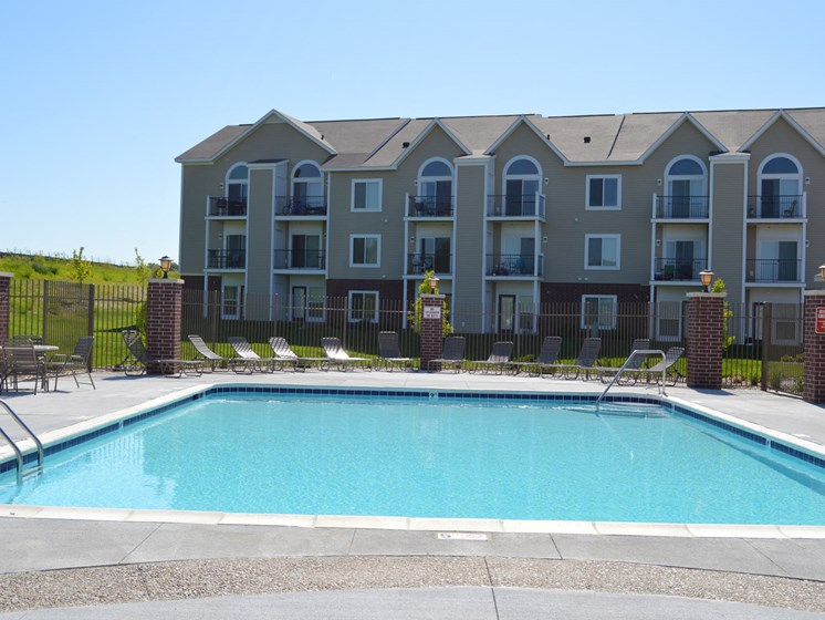 Pool at Lynbrook Apartment Homes and Townhomes, Elkhorn, NE, 68022