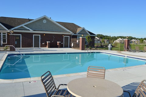 Poolside Relaxing Area at Lynbrook Apartment Homes and Townhomes, Elkhorn, NE