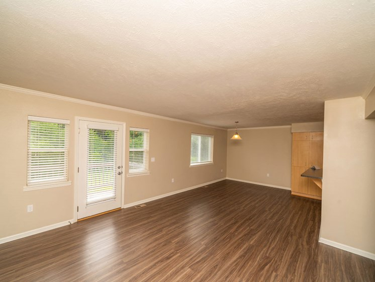 Hardwood Floors at Lynbrook Apartment Homes and Townhomes, Elkhorn, NE, 68022