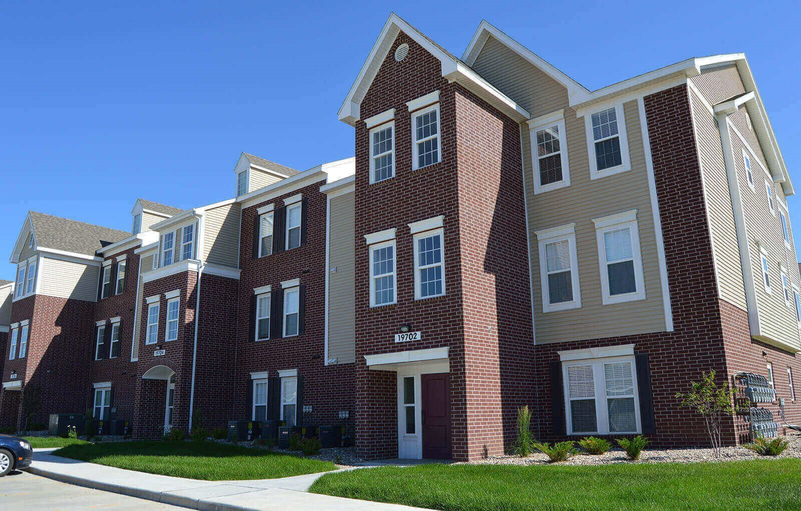 Apartments For Rent at Lynbrook Apartment Homes and Townhomes, Elkhorn, NE