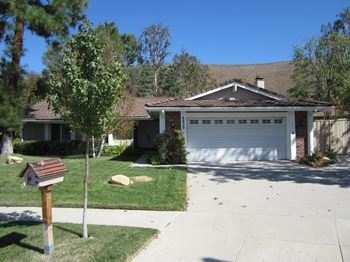 6629 Smoke Tree Ave 3 Beds House for Rent Photo Gallery 1