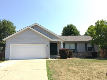 631 Sunward Dr 3 Beds House for Rent Photo Gallery 1