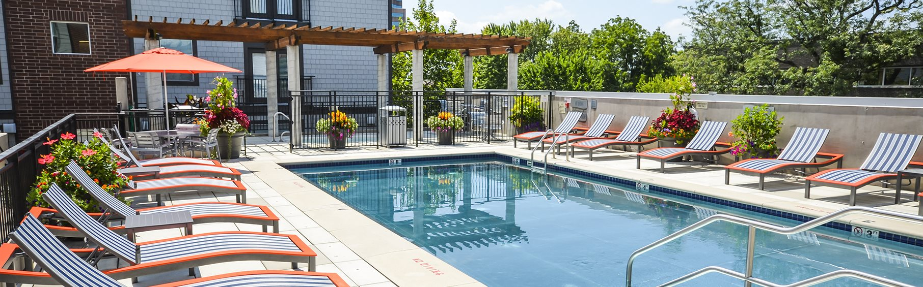 Outdoor pool at 45 Madison Apartments in Kansas City MO