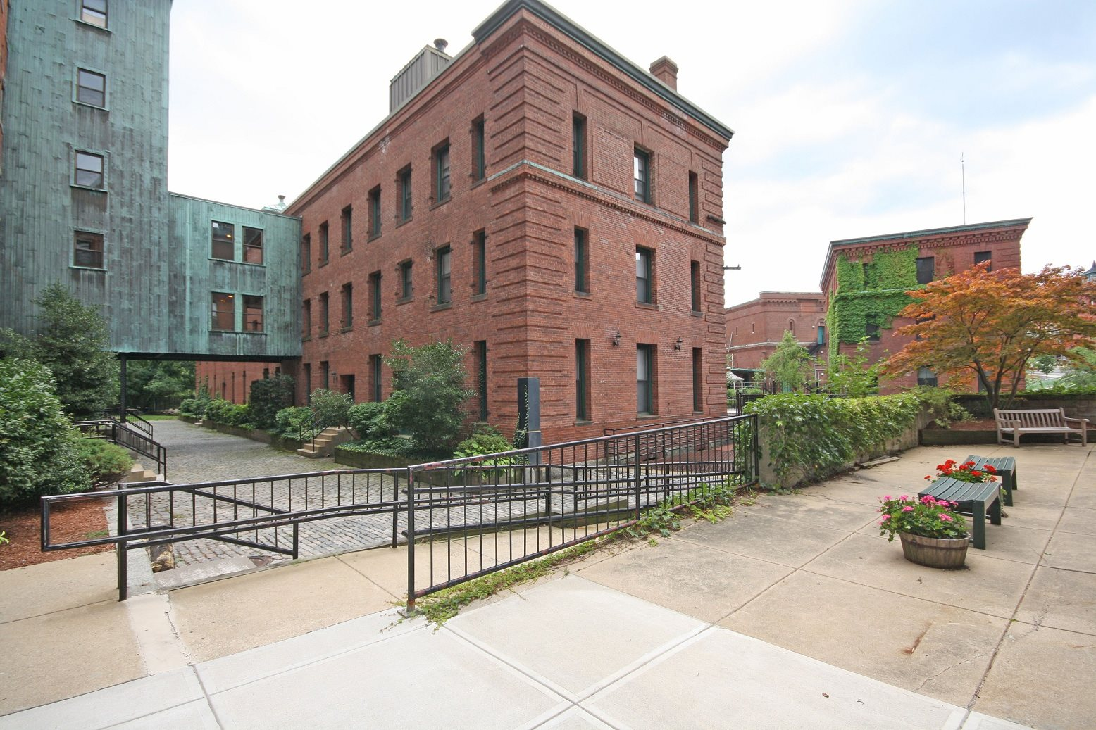 Baker chocolate factory apartments in boston ma for 2 bedroom apartments in dorchester ma