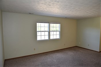 1236 Green Valley Dr 1 Bed Apartment for Rent Photo Gallery 1