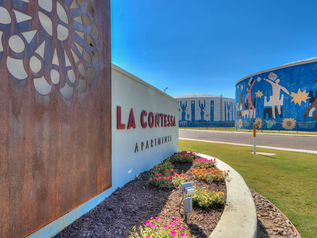 Monument Sign at La Contessa Luxury Apartments, Laredo