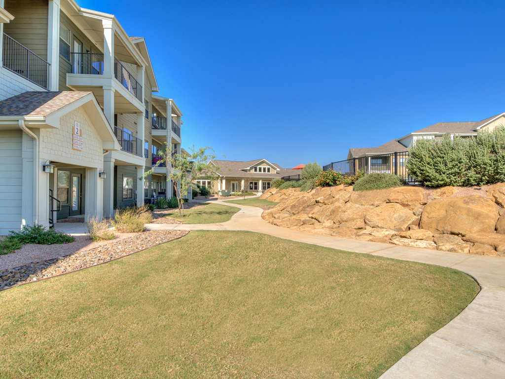 External Apartment View at La Contessa Luxury Apartments, Texas