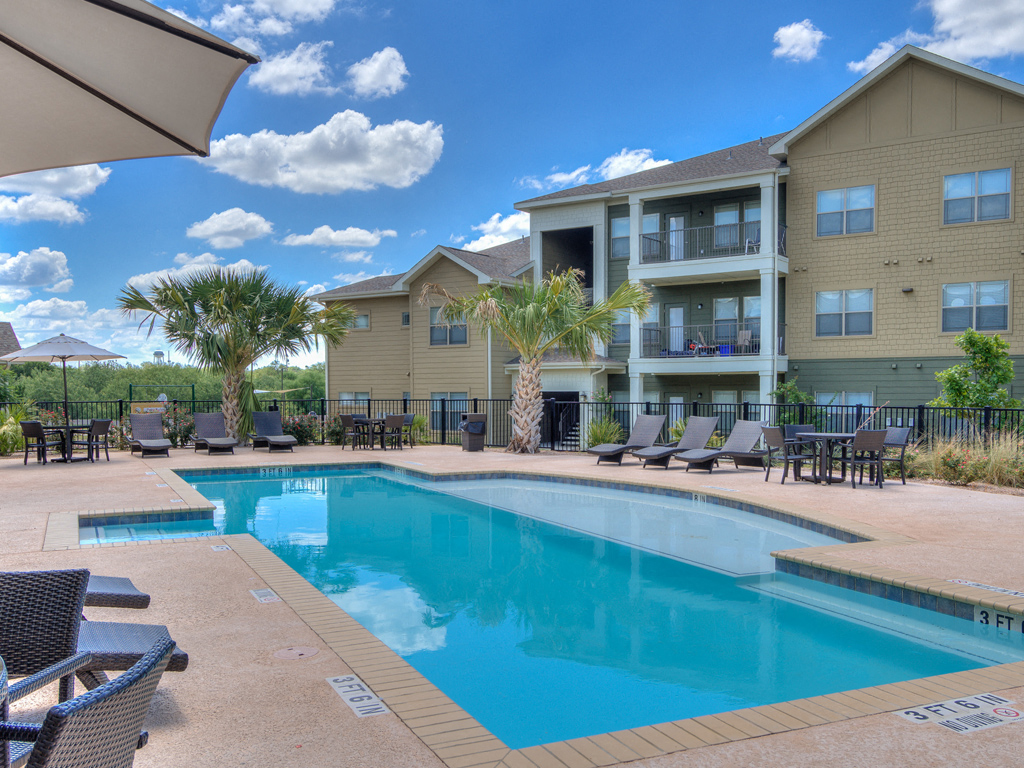 New Pool and Spa areas with a Resort Style Experience at La Contessa Luxury Apartments, Laredo, TX 78045
