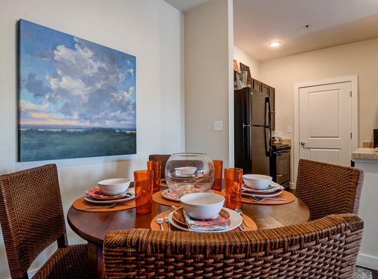 Defined Dining Space at La Contessa Luxury Apartments, Laredo,Texas