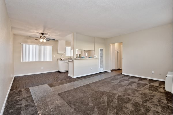 Brookfield Apartment Homes Carpeting