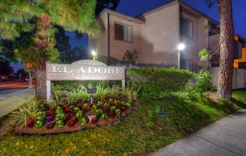 700 West La Jolla Street 2 Beds Apartment for Rent Photo Gallery 1