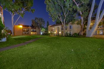 9440 Clover Avenue 2 Beds Apartment for Rent Photo Gallery 1