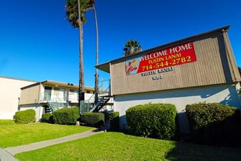 1081 El Camino Real 1 Bed Apartment for Rent Photo Gallery 1