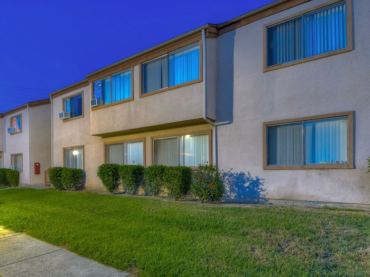 Paths Around Property at WOODSIDE VILLAGE, West Covina, 91792