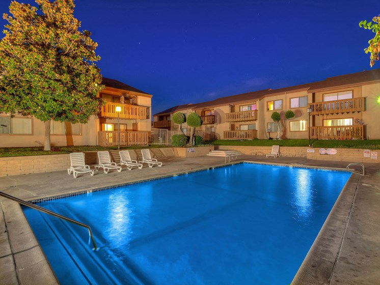 Woodside Village Apartments Pool