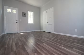 1000 Redondo Ave. Studio-1 Bed Apartment for Rent Photo Gallery 1