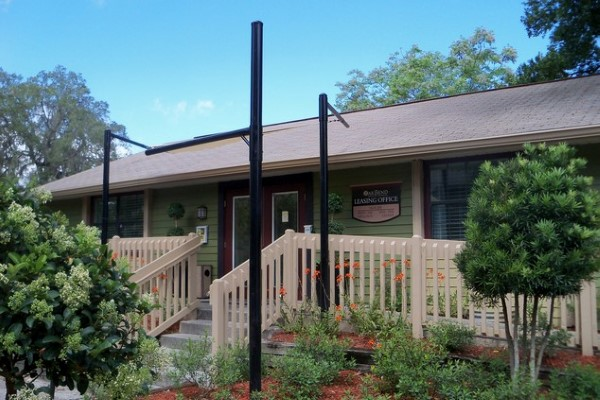 1550 University Woods Place 2 Beds Apartment For Rent Photo Gallery 1