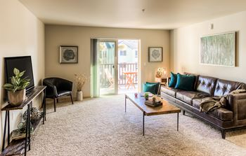 13004 Meridian Avenue S. 1-4 Beds Apartment for Rent Photo Gallery 1
