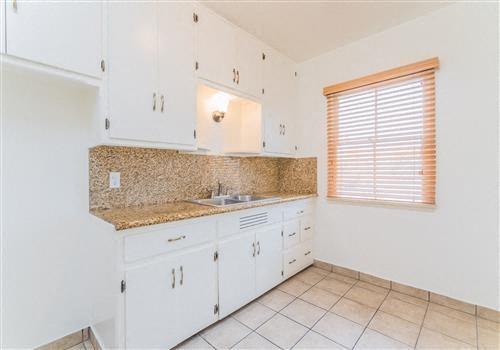 Carson Apartments Community Thumbnail 1
