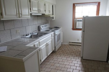 9635 3rd Bay St 1-2 Beds Apartment for Rent Photo Gallery 1