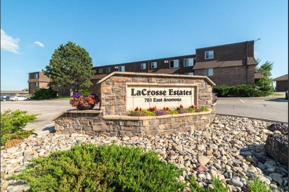 Lacrosse Estates Apartment Homes 761 E Anamosa Street Rapid City Sd Rentcafe