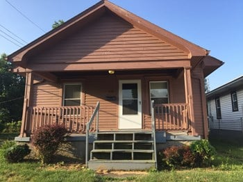 926 Delaware Ave 2 Beds House for Rent Photo Gallery 1