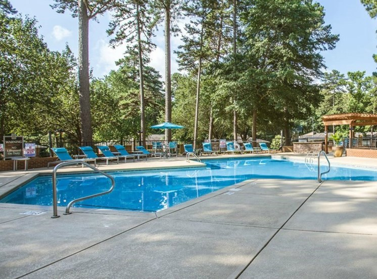 The Timbers Apartments in Raleigh Pool