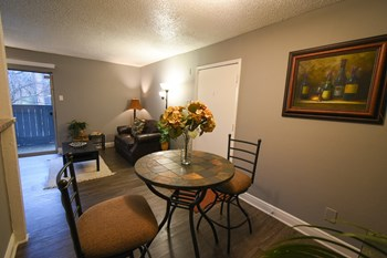 6033 E Northwest Hwy 1-2 Beds Apartment for Rent Photo Gallery 1