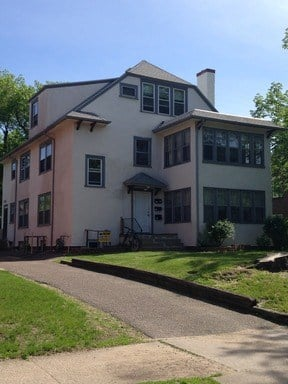 509 6th St SE 2-6 Beds Apartment for Rent Photo Gallery 1