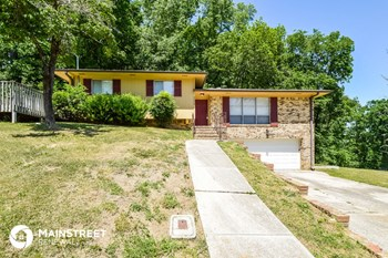 2008 Hickory Ln 3 Beds House for Rent Photo Gallery 1