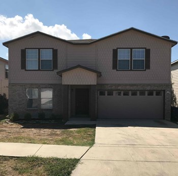 217 Gatewood Falls 4 Beds House for Rent Photo Gallery 1