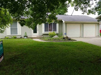 303 N Bromley Drive 2 Beds House for Rent Photo Gallery 1