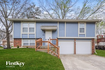 501 W Catalpa St 3 Beds House for Rent Photo Gallery 1