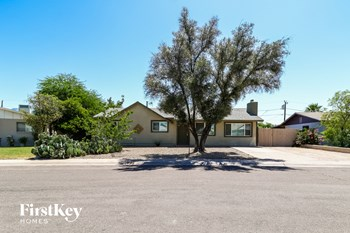 1615 S Parkside Dr 3 Beds House for Rent Photo Gallery 1