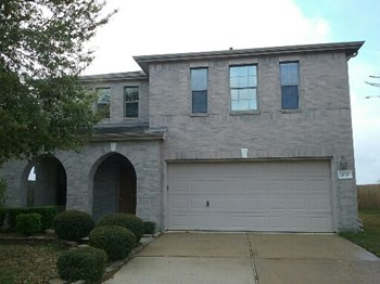 20539 Cypress Gully Drive 4 Beds House for Rent Photo Gallery 1