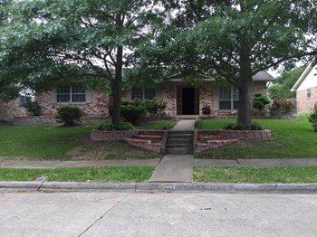 2912 Yorktown Road 4 Beds House for Rent Photo Gallery 1