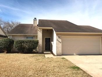 3009 Walnut Springs Drive 3 Beds House for Rent Photo Gallery 1