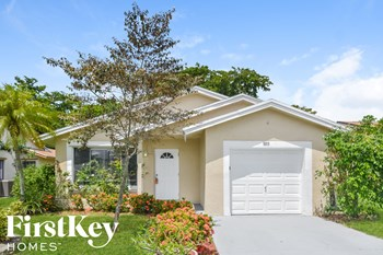 5315 NW 93 Avenue 3 Beds House for Rent Photo Gallery 1