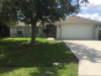 6447 NW Halibut St 4 Beds House for Rent Photo Gallery 1