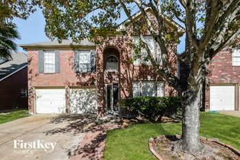 8966 Dawnridge Drive 4 Beds House for Rent Photo Gallery 1