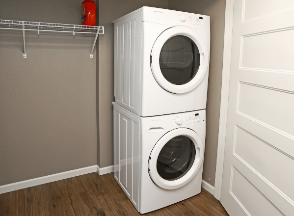 Full Size Stackable Washer & Dryer