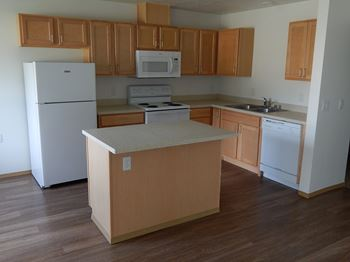4216 N Mcdonald Rd. 1-3 Beds Apartment for Rent Photo Gallery 1