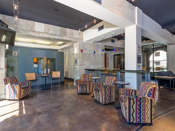 Resident Lounge at The Madison at Town Center, California, 91355
