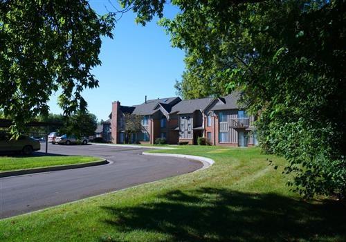 Northville Woods - Northville, MI Community Thumbnail 1